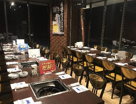 テーブル席・半個室・20名様~32名様