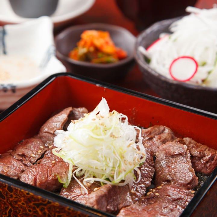 お昼に味わう至福の焼肉タイム