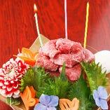 お誕生日・記念日には、牛旨特製の肉ケーキでお祝い♪ 5000円~