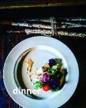 結婚記念日やお祝いごとには、シェフ渾身のディナーコースを。