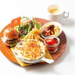 【限定20食】スペシャルランチプレート(サラダ+スープ)