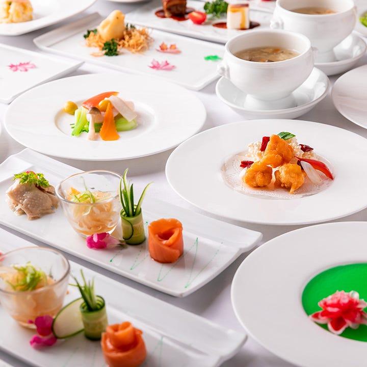 見た目にも華やかな中華のコースで宴会をお楽しみください♪