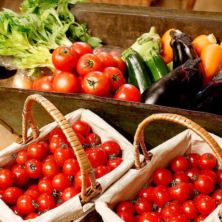 農家さんから季節のオーガニック野菜が届いています♪