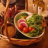 日本全国の無農薬野菜にこだわったヘルシー料理【国内産】