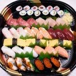 お持ち帰り寿司各種承ります。お気軽にお声掛け下さい。