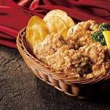 伝統の味!揚げたて【LIONチキンの唐揚げ】【ブラジル】