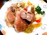当店自慢のアイスヴァイン~豚のすね肉をじっくり煮込みました~