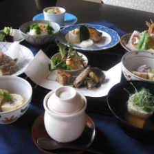 旬の食材を使った各種懐石料理