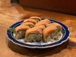酢〆サーモンの棒寿司
