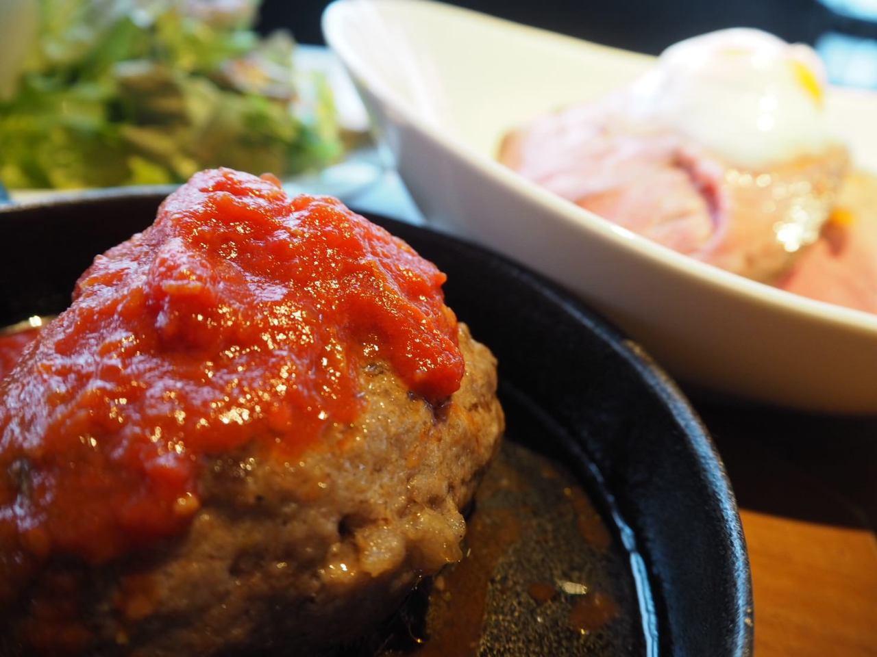 ◆お昼からガッツリお肉を味わう