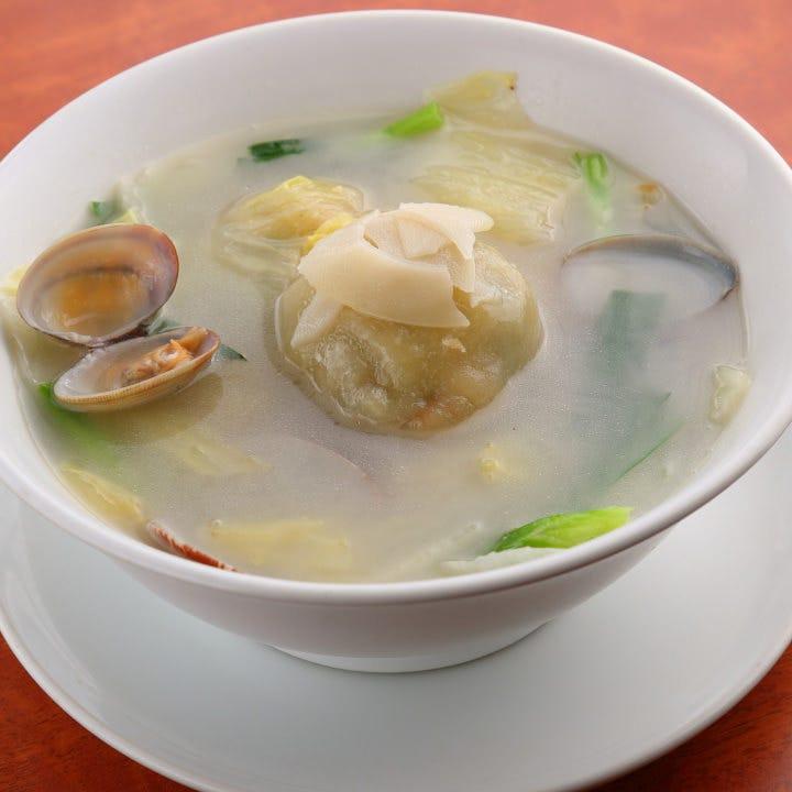 サツマイモ団子スープ