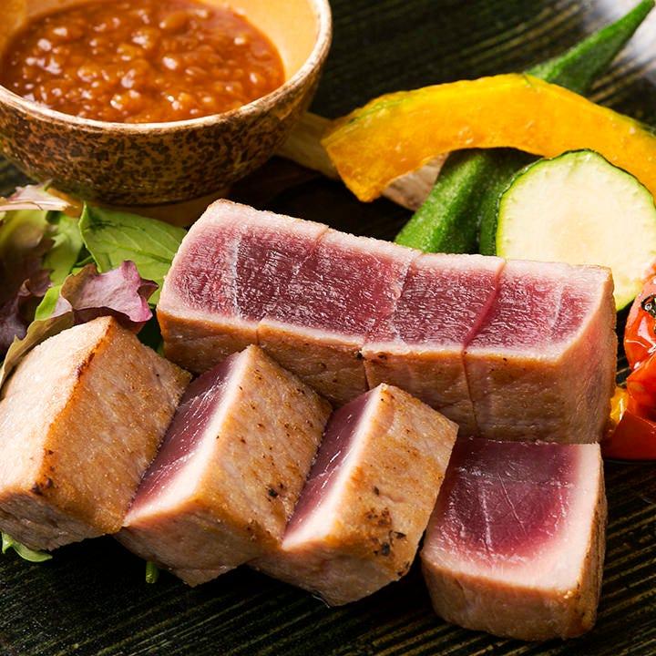 新鮮食材をたっぷり使用した料理をいただけるコースは4,000円~