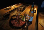 お肉と海鮮の炭焼をワインや日本酒に合わせて