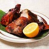タイ風 半身鶏の骨付きガイ・ヤーン