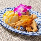 パッションフルーツのホットパイ ココナッツアイス