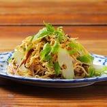 押し豆腐と木耳のサラダ