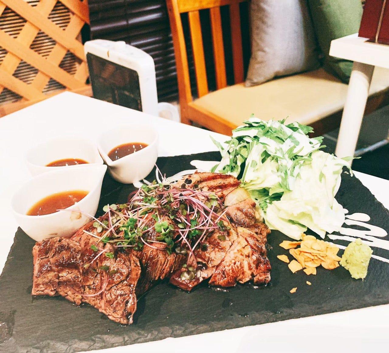 肉バル&和風居酒屋HAL