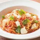 ■モッツァレラチーズとバジルのトマトソース 【トマトソース】