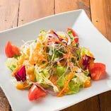 ■フレッシュトマトとスプラウトのシンプルサラダ