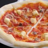 アンチョビとクリームチーズピザ