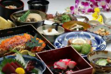 ◆こだわりの琉球料理に舌鼓