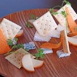 チーズ盛り合わせ 1,200円