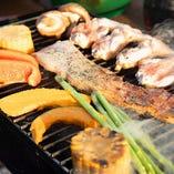 毎日仕入れる地元鹿児島産の新鮮野菜や鶏・豚をご提供