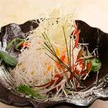 細切り野菜のパリパリサラダ