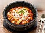 石焼チーズタッカルビ丼(甘辛) or 石焼チーズブルダック丼(激辛味)