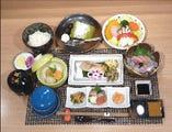 ご夕食・夜の旬菜魚膳       3,000円