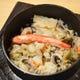 海鮮釜めしは、 えび、かに、ほたてをふんだんに使用。
