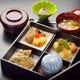お子様向け松花堂弁当 出汁を使ったお料理と釜めしのセット。