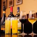 ワインは全120種以上。シチリアワインは80種以上ご用意!