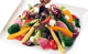 季節の野菜たっぷりのシンプルサラダ。