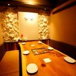 6名様個室。琉球空間でくつろいでください。