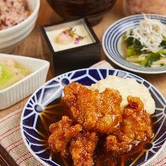 【一汁六菜バランス定食】和風チキン南蛮タルタルソース