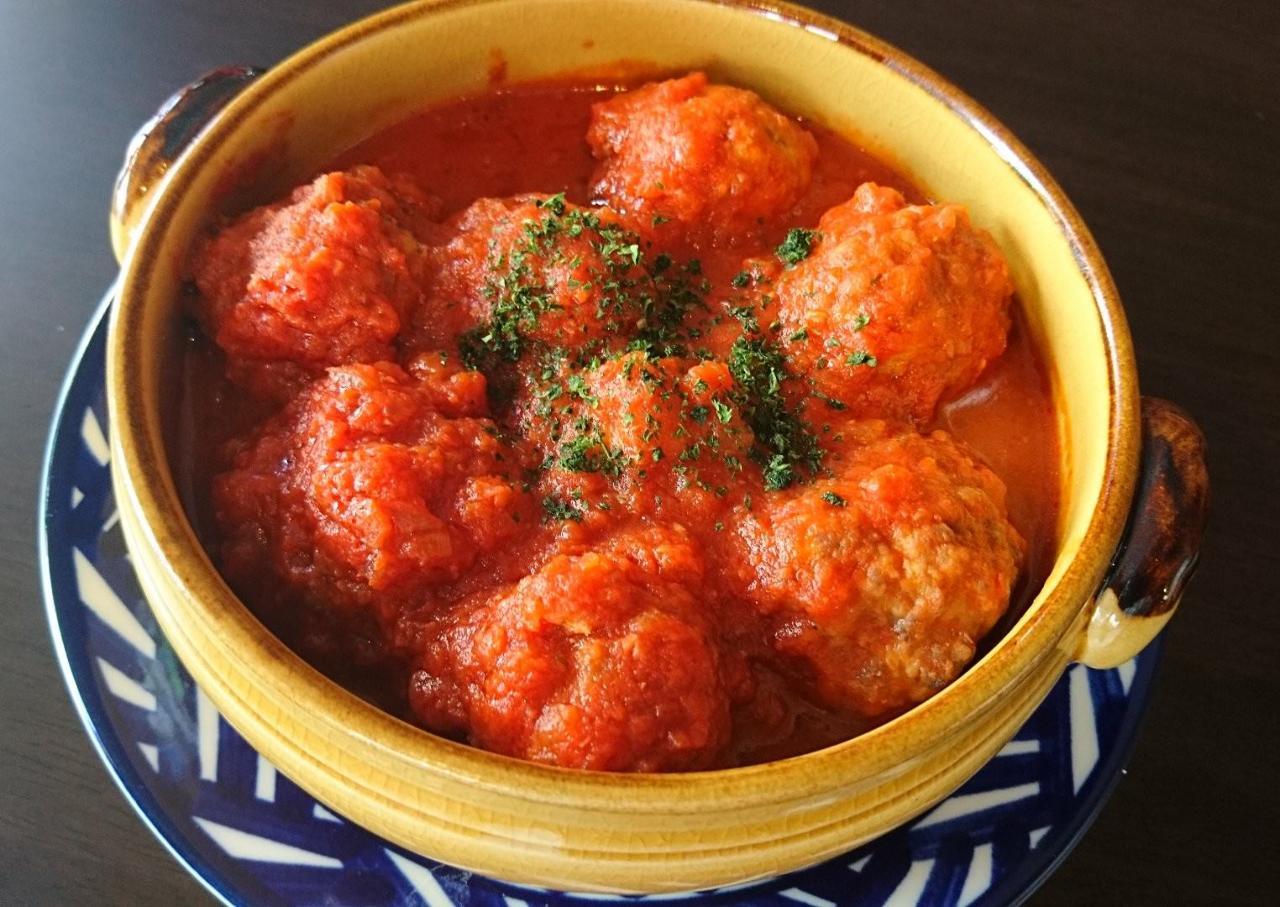 銀座の巨匠のアルボンディガス(肉団子のトマト煮込み)