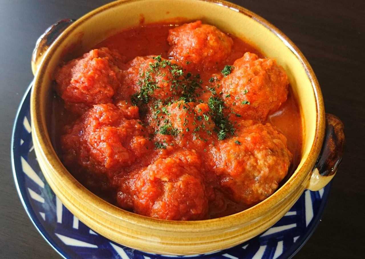 銀座の巨匠のアルボンディガス(肉団子のトマト煮)