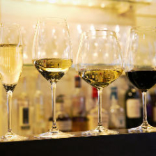 20種以上のグラスワインが500円~