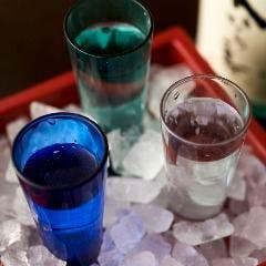 通の地酒より厳選した3種を楽しめる『利き酒セット』もご用意