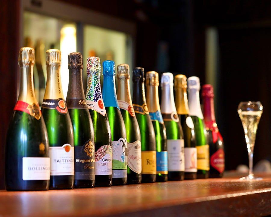 ◆約35種類のスパークリングワイン