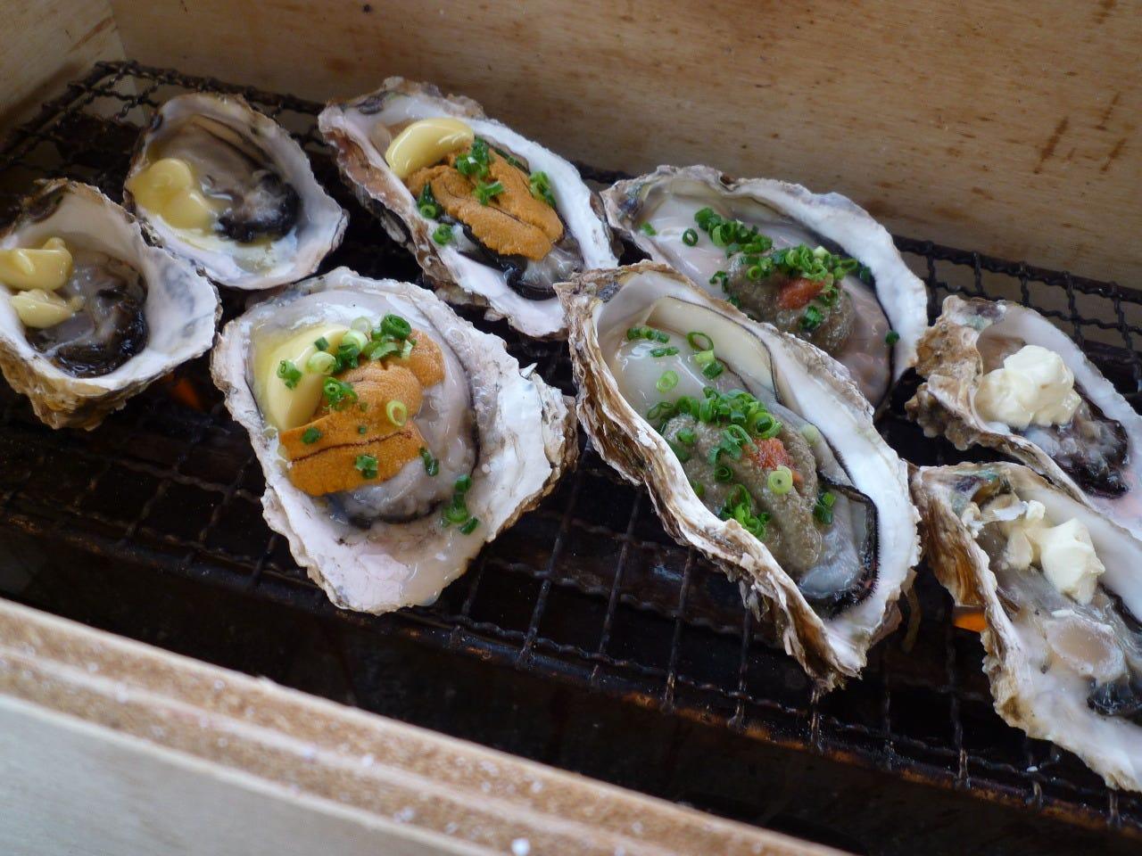 トッピング牡蠣をお楽しみ下さい☆土日限定、数量限定!