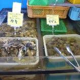 食べ放題用 水槽から選べる 焼カキ・焼サザエ