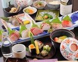 天然の魚が主役のコースは5500円~ ご用意しております。