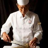 数々の一流有名店・海外で腕をみがいた鈴木総料理長の独創的なお料理たち。