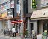 阪急甲東園駅より、西側線路沿いの道を南へ・・・徒歩2分で到着です。