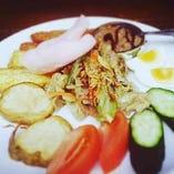 ガドガド(インドネシアの温野菜サラダ)