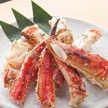 【蟹】タラバ蟹炙り…4,990円(税抜),ハーフ…3,090円(税抜)