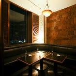 6名様までの完全個室。ご接待やデート、ご宴会に。