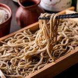 当店のそば粉には中々市場に出ない北海道摩周産の牡丹を使用